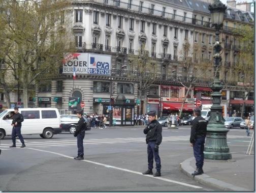Paris_419_集会 2008-4-19 11-32-42
